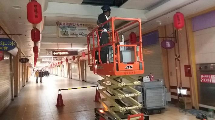 1090131第4-10廣場天花板復舊作業