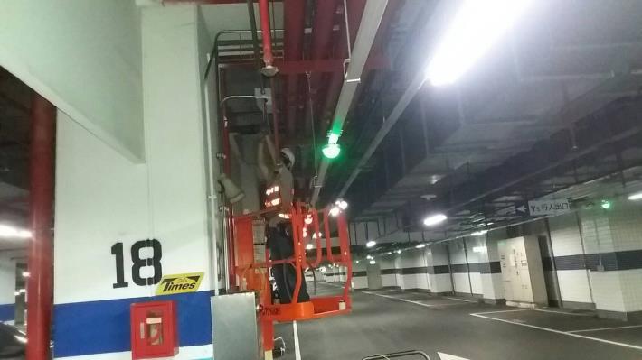 10905-地下二樓監控管路配管作業