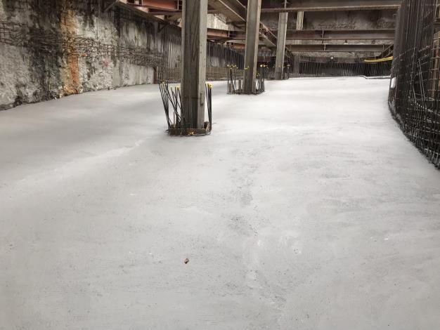 10905-A區B4車道版混凝土澆置