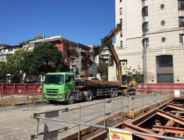 10812-地下五層土方開挖施作