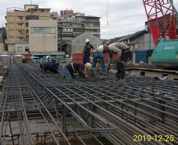 10812-鋼筋籠施作