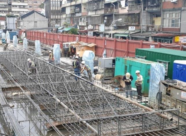 10903-壁樁鋼筋籠施作