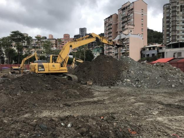 10812-整地開挖