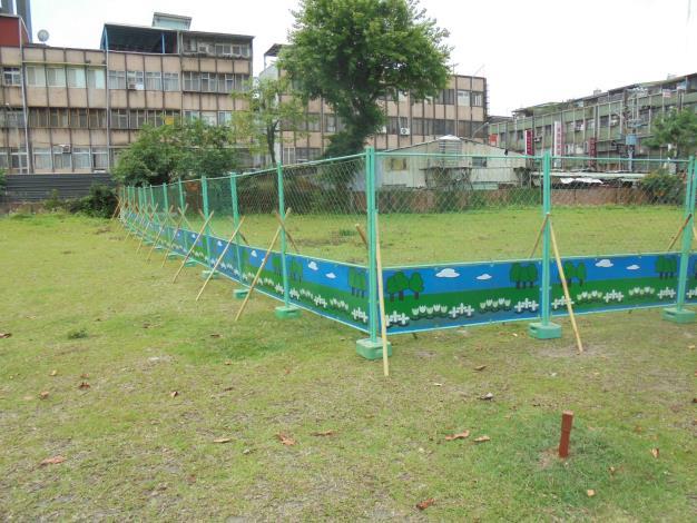 10905-萬隆東營區社會福利設施用地新建工程-植栽移植工程圍籬施作-1
