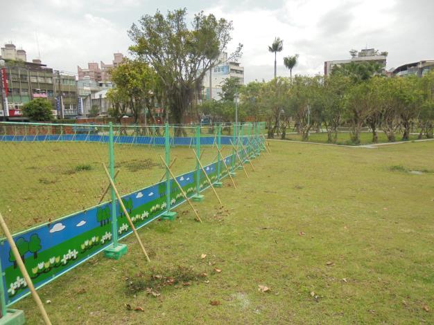 10905-萬隆東營區社會福利設施用地新建工程-植栽移植工程圍籬施作-2