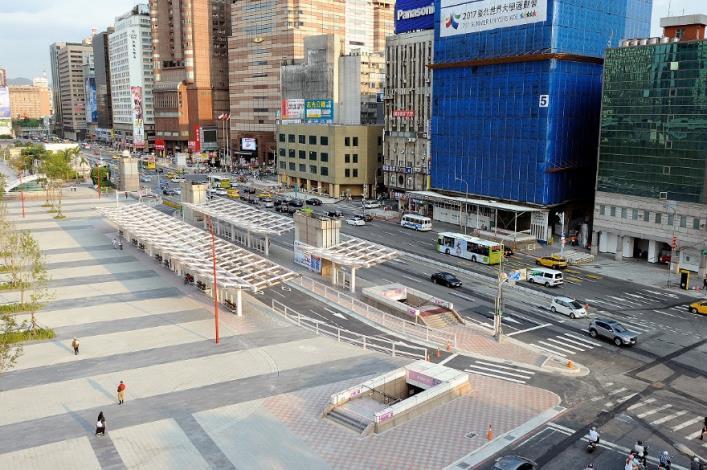 交六路型及市區公車站區改善工程