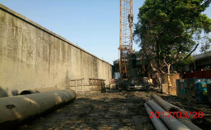 PB8-4全套管基樁鑽掘