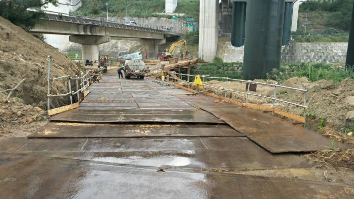 文和橋構台施工
