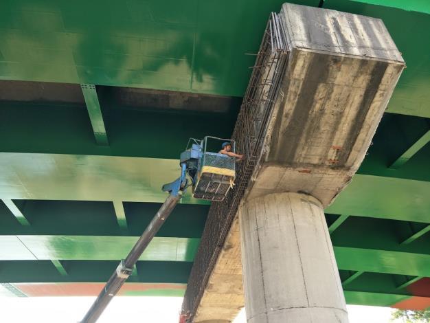 萬福橋帽樑補強