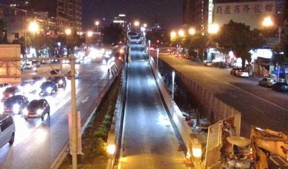 重慶北路上重陽橋匝道夜間臨時照明