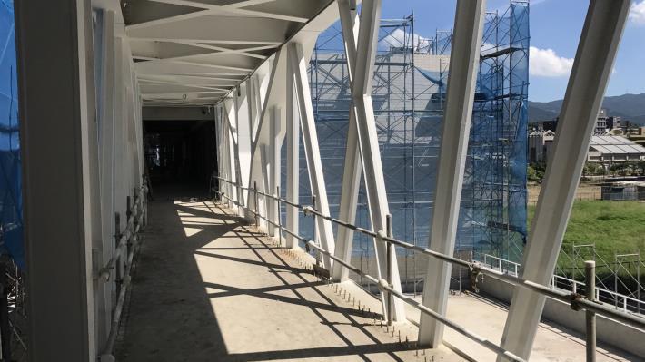 體育棟鋼橋
