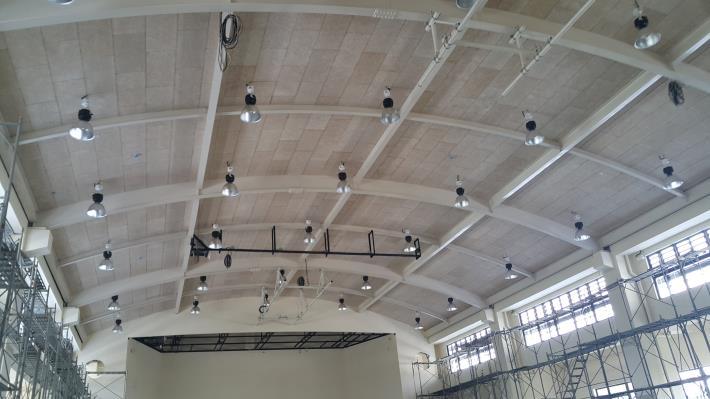 4F隔音天花板及燈具施作完成