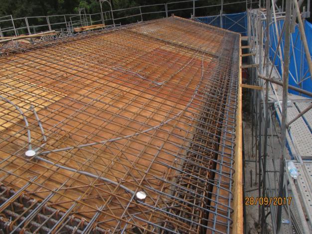 第二部分屋頂版水電預埋管施作