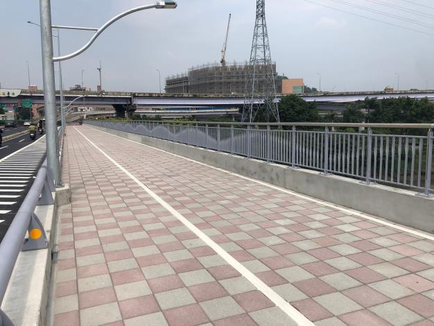 圖2.福和橋自行車牽引道工程完工照片