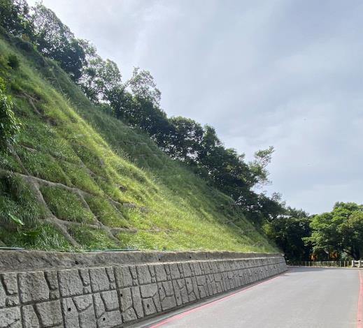 圖4. 災害搶修-巴拉卡公路坍方搶修完成照片
