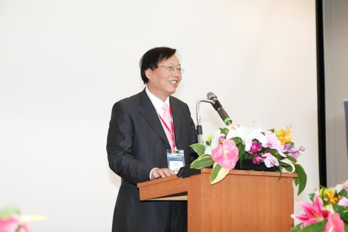 臺北市政府陳威仁副市長為本次高峰會議致詞。Dr. Wei-Zen Chen, Deputy Mayor of Taipei City, addresses the Summit.