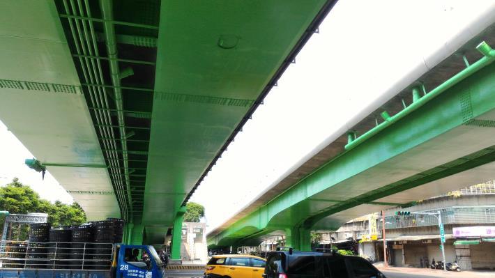 華翠大橋引道面塗施作
