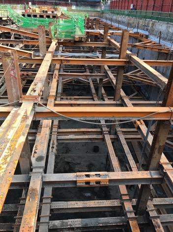 地下室開挖及安全支撐