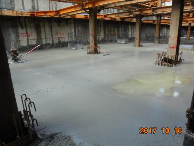 地下3層樓版完成