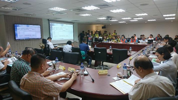 Figure 6. During the on-site and block evaluation on June 24, 2019, the committee members attended the briefing in the City Hall