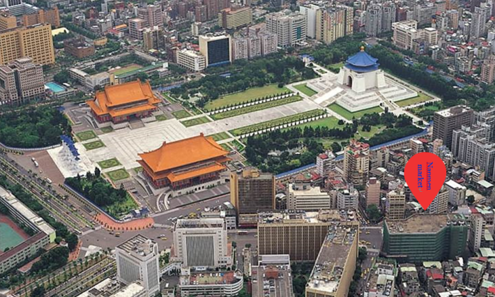 Image 3  Bird's-eye view of the construction site of the renovated Nanmen market and its surrounding neighborhood.PNG
