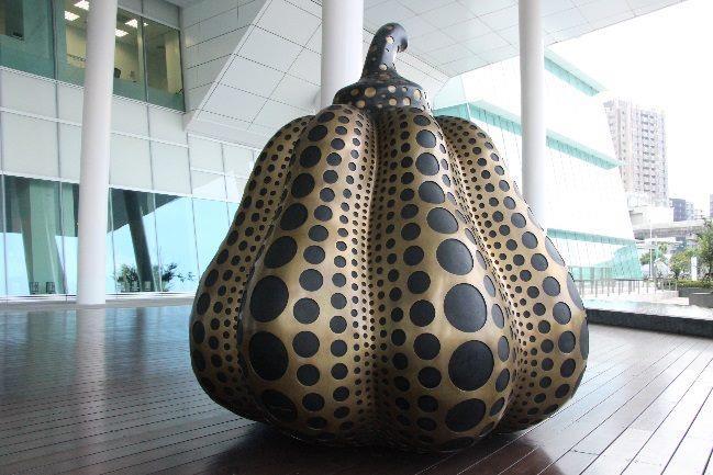 圖3. 日本藝術家草間彌生的銅雕大南瓜