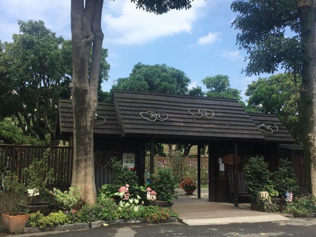 圖15、臺北玫瑰園入口.JPG