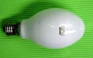 水銀燈燈泡[開啟新連結]