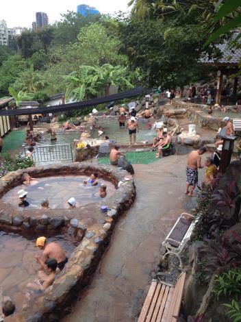 圖九、北投露天溫泉浴池