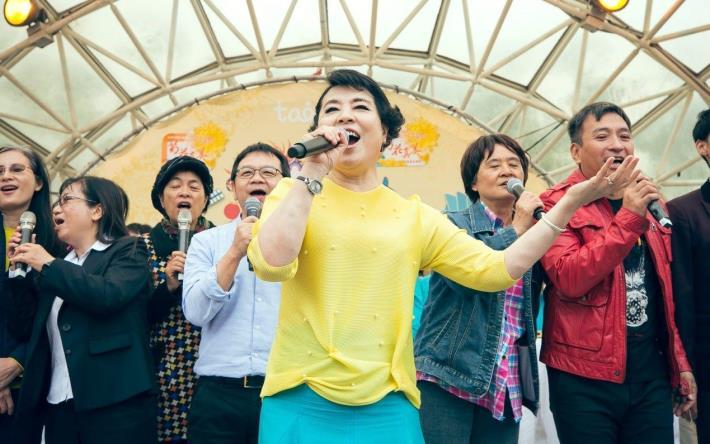 圖1. 12月8日億光文化基金會舉行的菊花真美音樂會圓滿成功