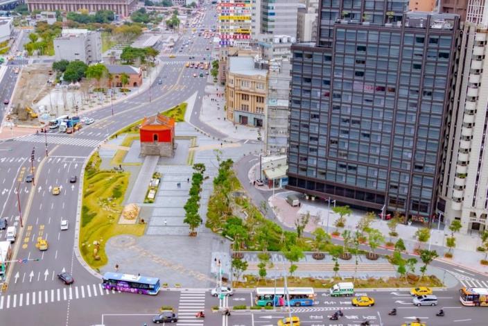 照片02.擴增為3倍大之嶄新北門廣場