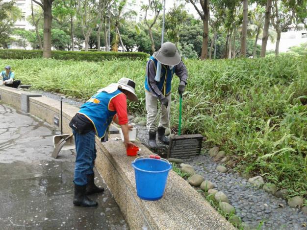 (圖3)加強轄管區域水溝清疏俾免堵塞