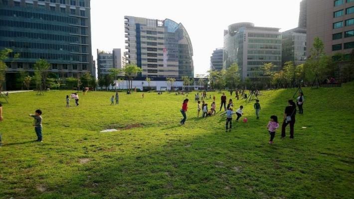 照片04:大港墘公園-關山大草原提供假日全家放鬆好去處