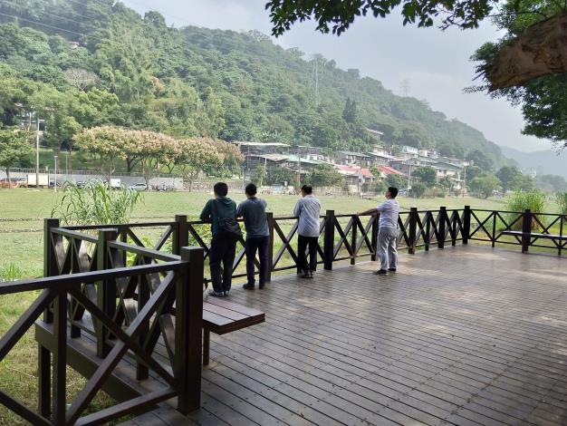 照片09:至善公園-親水平台,親山親水親自然!
