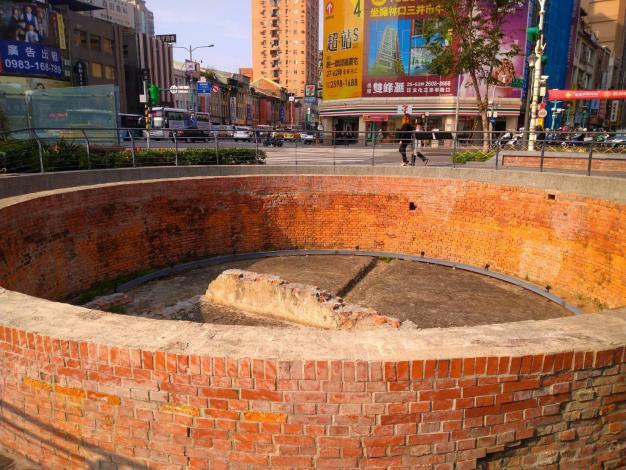 (圖1) 重現「大稻埕圓環防空蓄水池」
