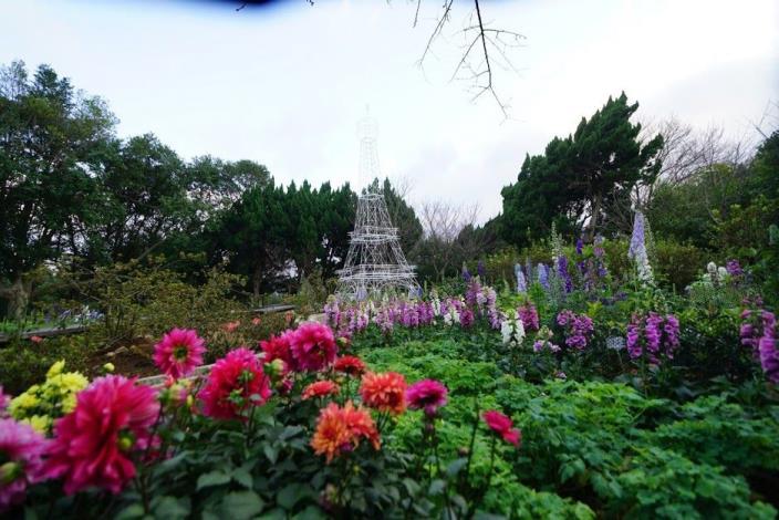 園區以溫帶花卉布置