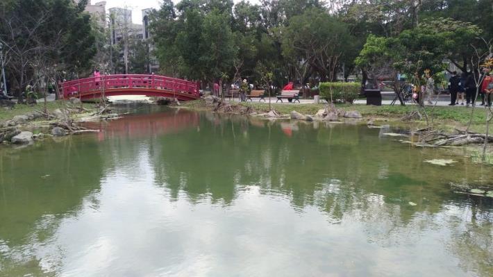 圖2.興隆公園生態池