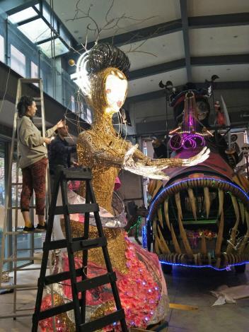 愛爾蘭藝術家手工製作燈籠 (3)