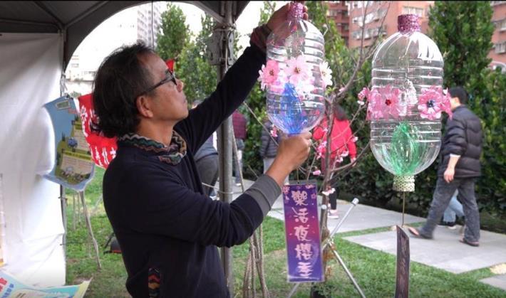 夢想社區於樂活公園教導燈籠製作 (2)
