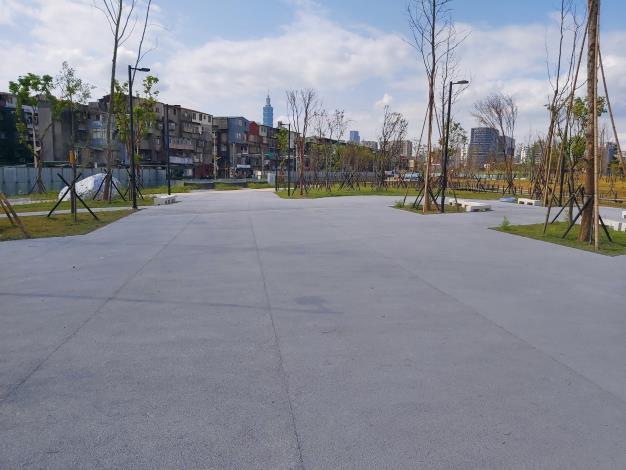 圖5.透水鋪面廣場