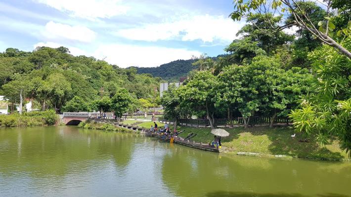 照片4-南港公園更新工程釣魚區