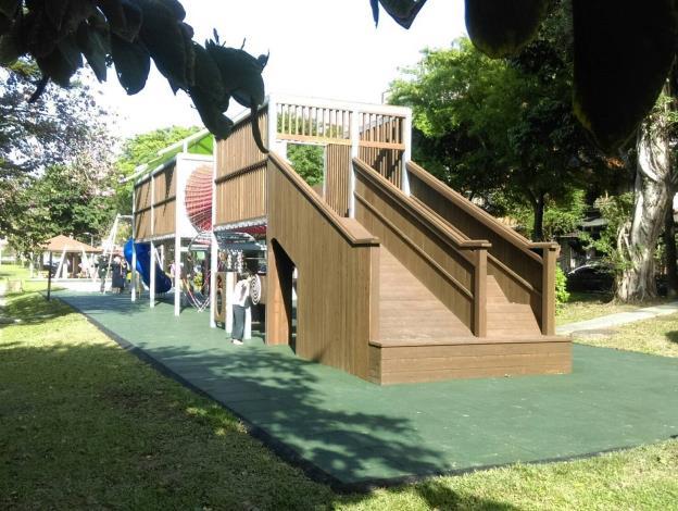 三民公園遊樂設施