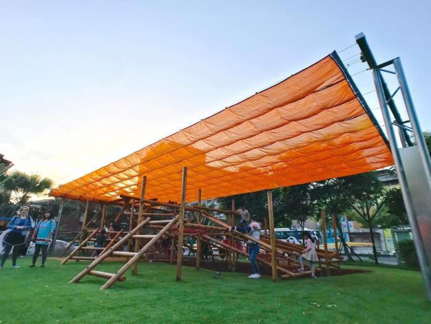 和平青草園-遮陽設備、攀爬遊具組2