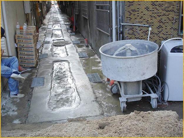 5.混凝土貼面磚地坪美化施工中