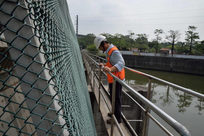 颱風前不定期巡查確保抽水站的安全性[開啟新連結]