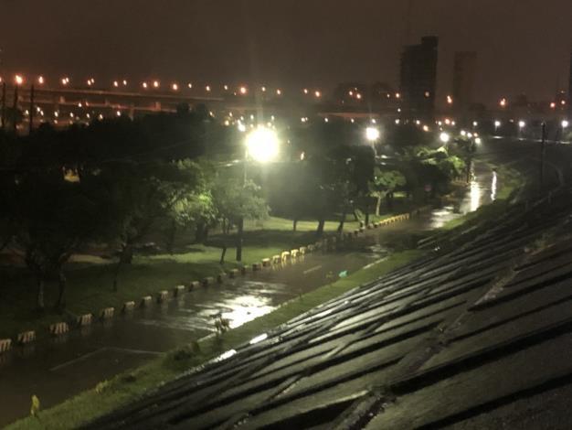 10月1日4點 百齡左岸中山橋至社子花市 (2)