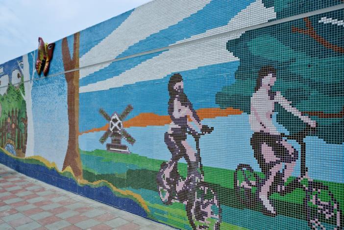 悠閒的自行車與蝴蝶