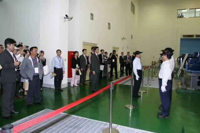 Station Head Huang orders the commencement of drill