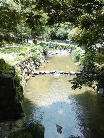 04小坑溪步道以近自然工法整治環境清幽