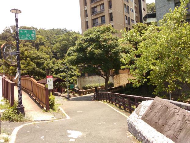 03小坑溪親水文學步道入口